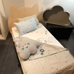 Crib bedding and decoration